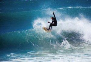 spreckels_surfing