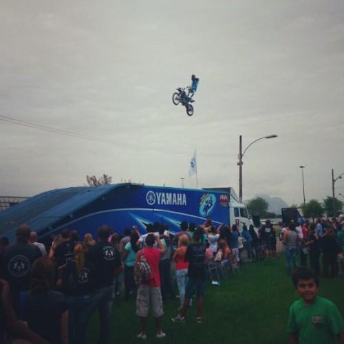 E o Salão Bike Show terminou assim! @diego_fmx voando alto