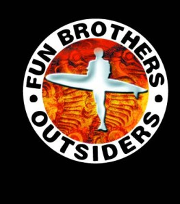 logo outsiders + parafa